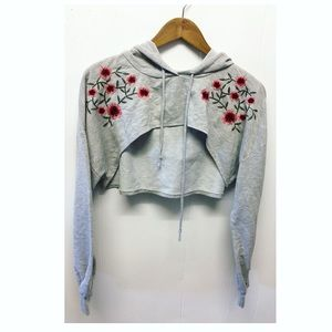 Charlotte Russe   Super Cropped Floral Hoodie EUC